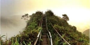 Oahu Hiking Spots - Stairway to Heaven