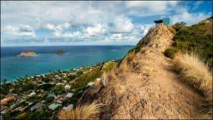 Oahu hikiing spots -lanikai-pillboxes-trail