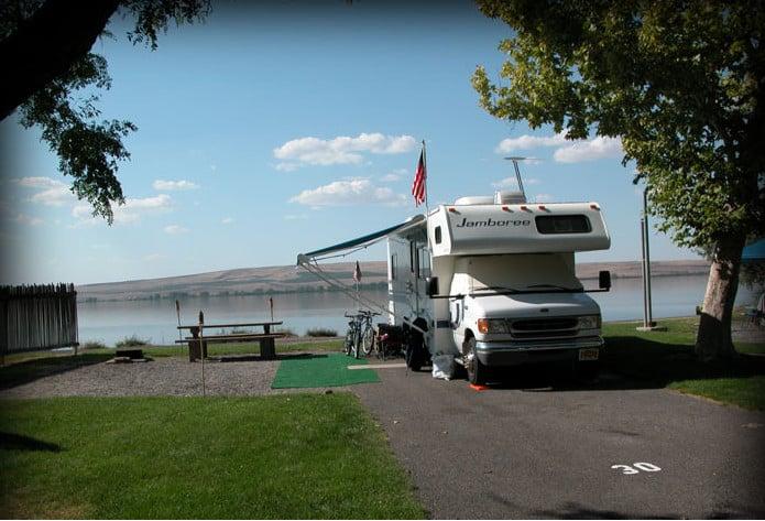Luxury RV Campsite In Oregon