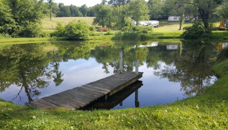 Luxury RV Campsite in Virginia